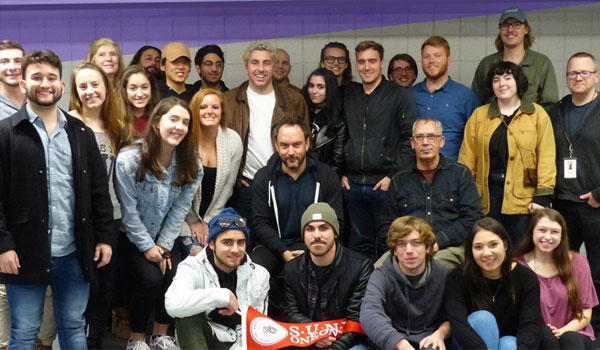Music Industry Students pose with Dave Matthews